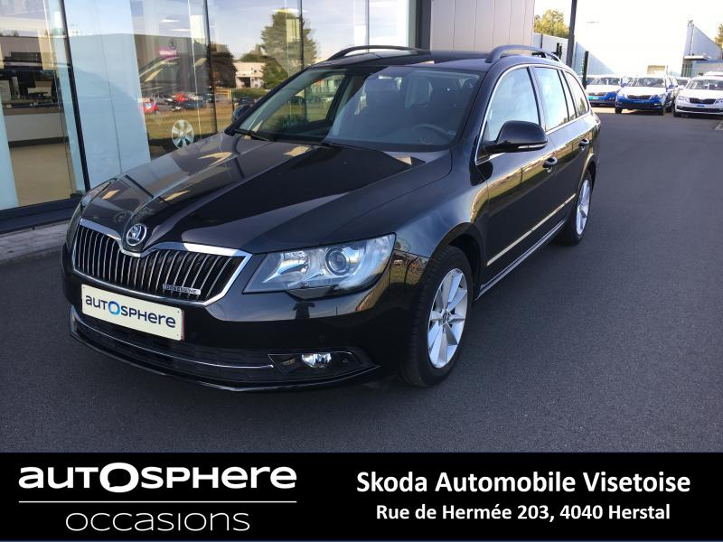 Skoda Superb Ambition Navi + toit pano